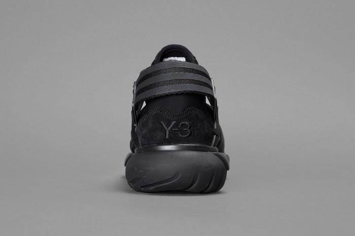 y-3-fallwinter-2014-qasa-racer-black-02
