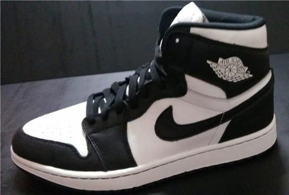 air-jordan-1-retro-high-og-black-white-0