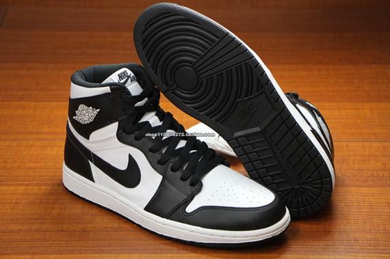air jordan-1-black-white-2