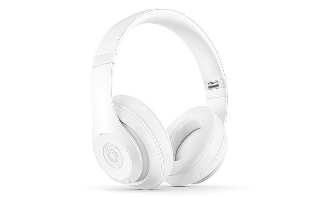 snarkitecture-x-beats-by-dr-dre-beats-studio-headphones-1