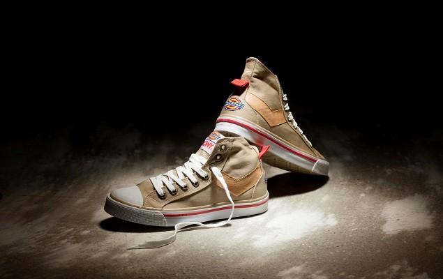 帆布鞋是PONY熱銷的經典主打星,本季與美國工作褲品牌DICKIES推出聯名限定款