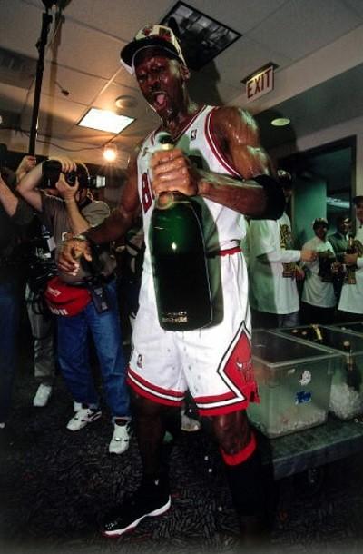 air-jordan-11-champagne