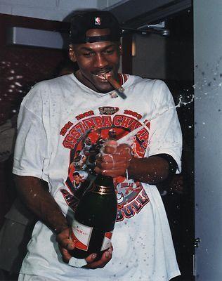 Michael-Jordan-Celebrating-1