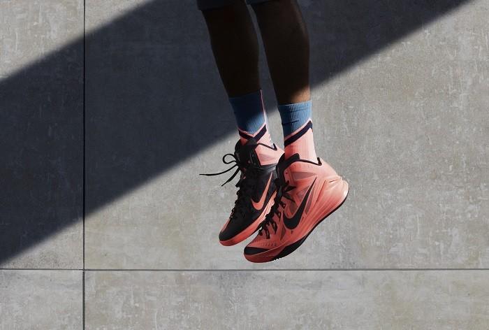 _Nike Hyperdunk 2014 賦予極致輕盈�__%40%7CCxqsqdOBBn1%5BE_4K%3EW8yG%3D%3F7E_Dj5A%1B%28B