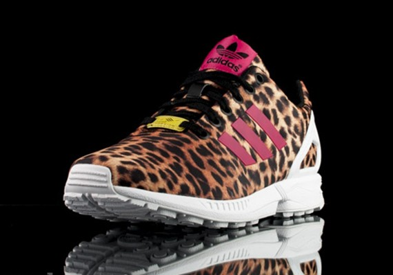 adiads-zx-flux-leopard-red-2