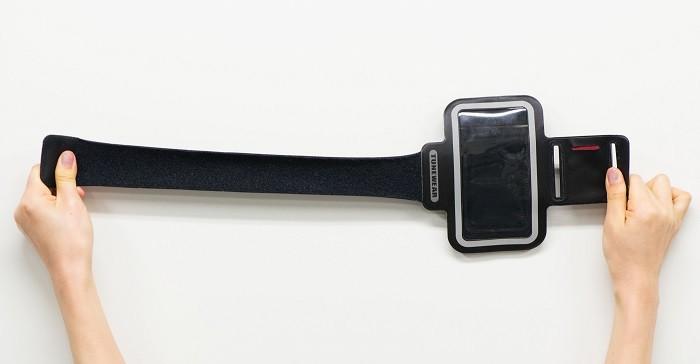 TUNEWEAR羽量級運動臂帶,超高彈性材質設計。