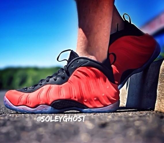 nike-air-foamposite-one red-suede-1