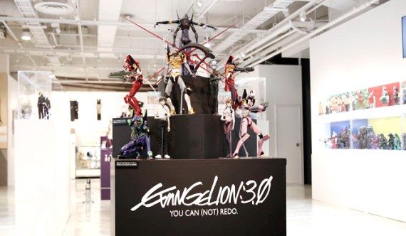 MEDICOM-TOY-Exhibition-2014-Event-Recap-13-570x332