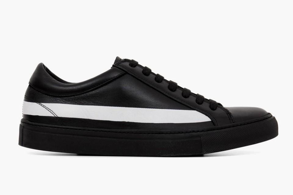 comme-des-garcons-erik-schedin-black-sneakers-1-960x640