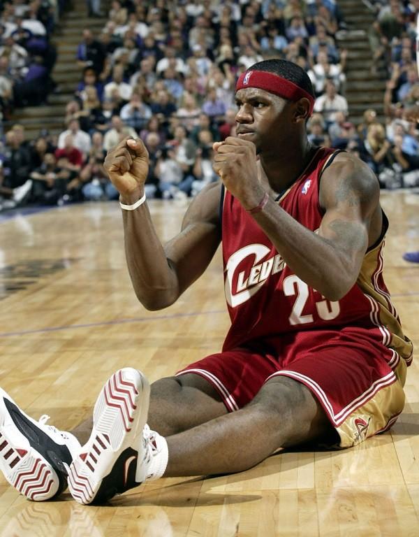 lebron-james-cleveland-cavaliers-2003-17