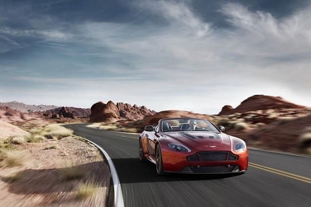 aston-martin-debuts-the-new-vantage-s-v12-roadster-2