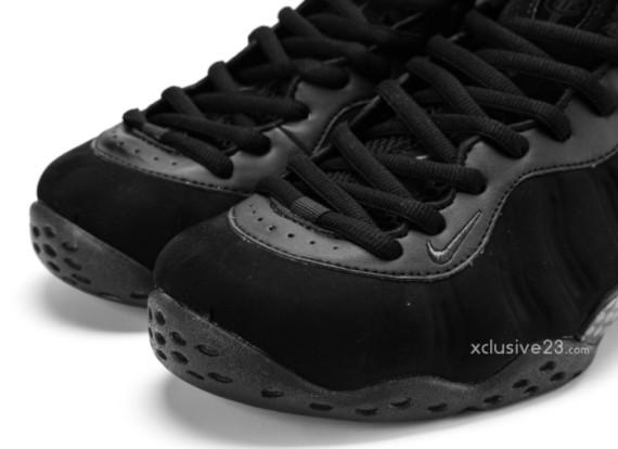 nike air foamposite-suede-black-7