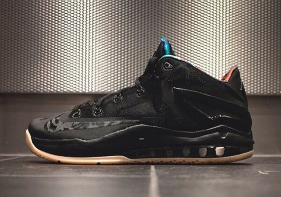 nike-lebron-11-low-black-gum-0