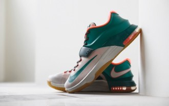 a-closer-look-at-the-nike-kd7-easy-money-1