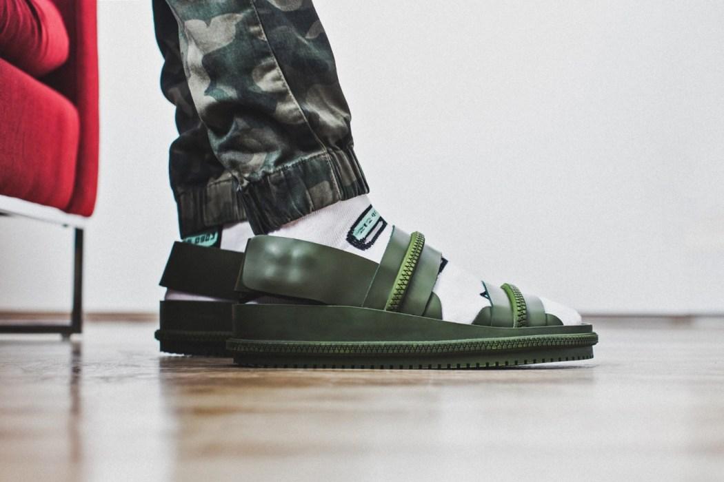 socks-slides-1