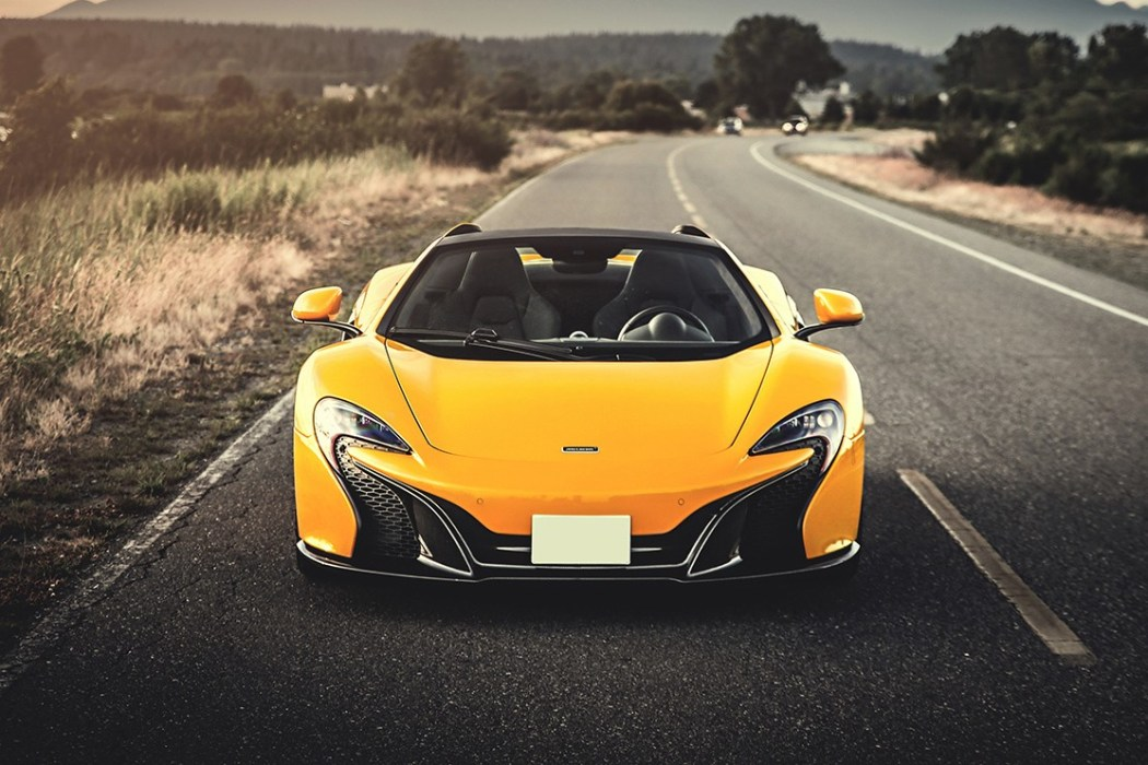 a-closer-look-at-the-mclaren-650s-3