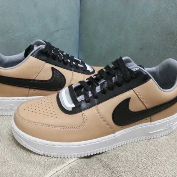 riccardo-tisci-nike-air-force-1-rt-tan-3