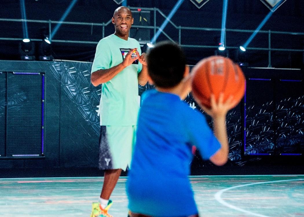 Kobe Bryant表示:運動可以教會孩子們很多怎麼進行團隊合作,怎麼當領袖,怎麼迎接挑戰