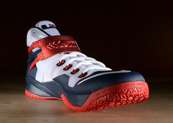 nike-zoom-soldier-8-usa-4