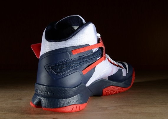 nike-zoom-soldier-8-usa-6