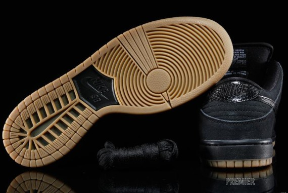 nike-snakeskin-sb-dunk-low-3