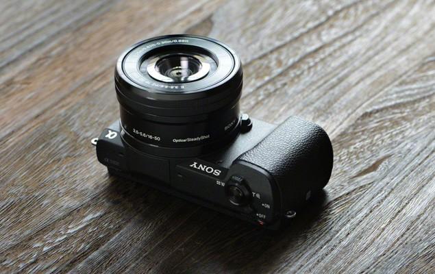 sony-a5100-camera-2-960x640