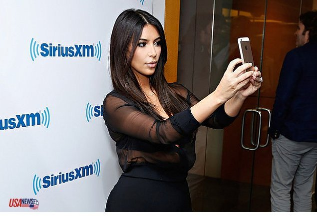 proof_that_kim_kardashian_will_take_a_selfie_literally_anywhere_m11