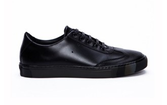 generic-man-for-comme-des-garcons-shirt-sneakers-1