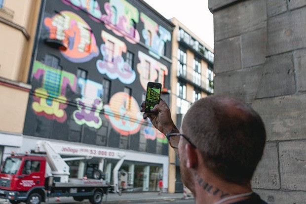 ben-eine-paints-mural-in-berlin-for-project-m-10-10