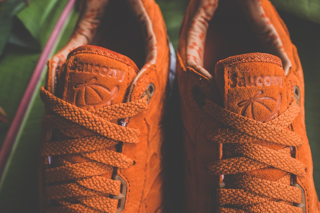 a-closer-look-at-the-play-cloths-x-saucony-shadow-5000-strange-fruit-orange-6