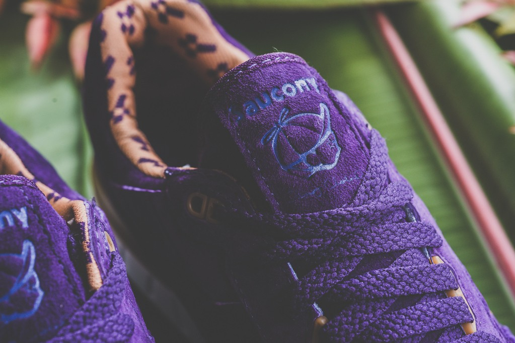 a-closer-look-at-the-play-cloths-x-saucony-shadow-5000-strange-fruit-orange-7
