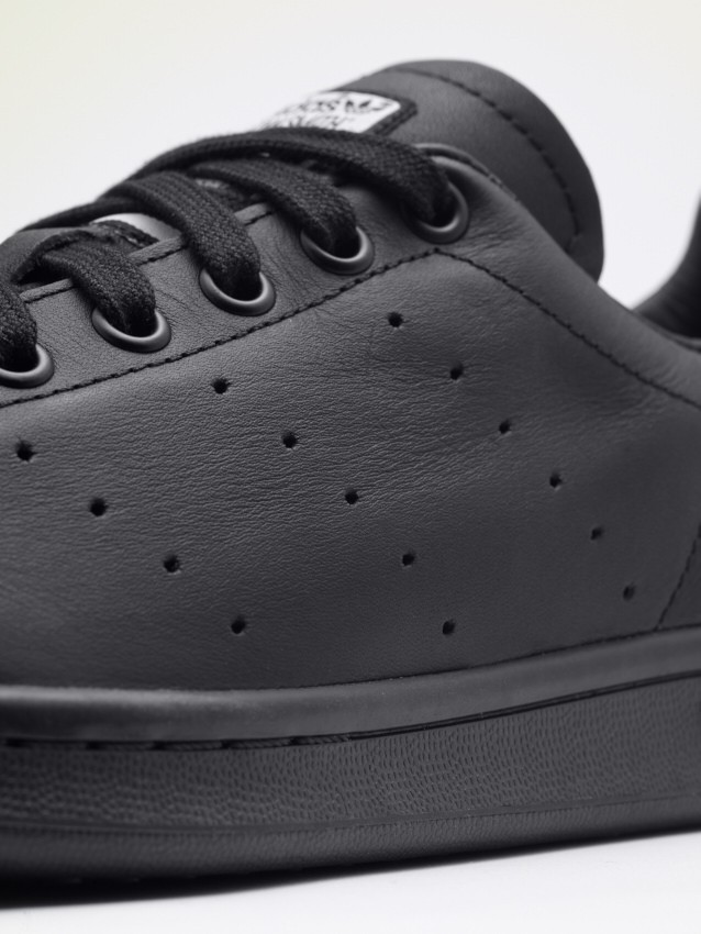 Pharrell Williams Stan Smith_B25387_detail_2