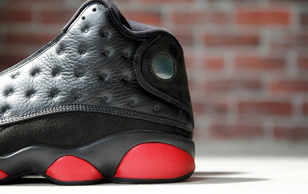 air-jordan-13-retro-black-red-7