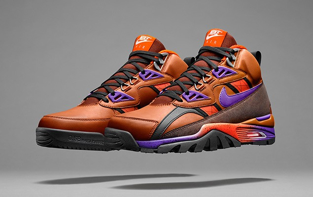 nike-unveils-its-2014-holiday-sneakerboot-collection-7