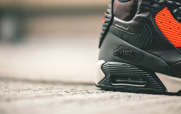 a-closer-look-at-nike-2014-holiday-air-max-90-sneakerboot-collection-5