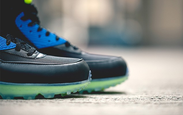nike-2014-holiday-air-max-90-sneakerboot-ice-collection-5