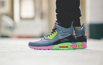 nike-2014-holiday-air-max-90-sneakerboot-ice-collection-1