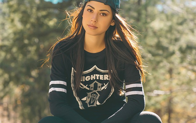 rebel8-2014-winter-womens-lookbook-9