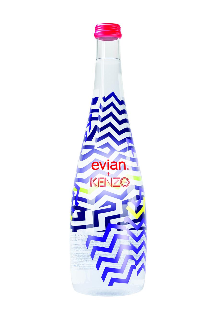 "evianR與KENZO攜手合作,推出evianR x KENZO 2015限量版紀念瓶,以""玩心未泯""主題詮釋共同品牌精神。"