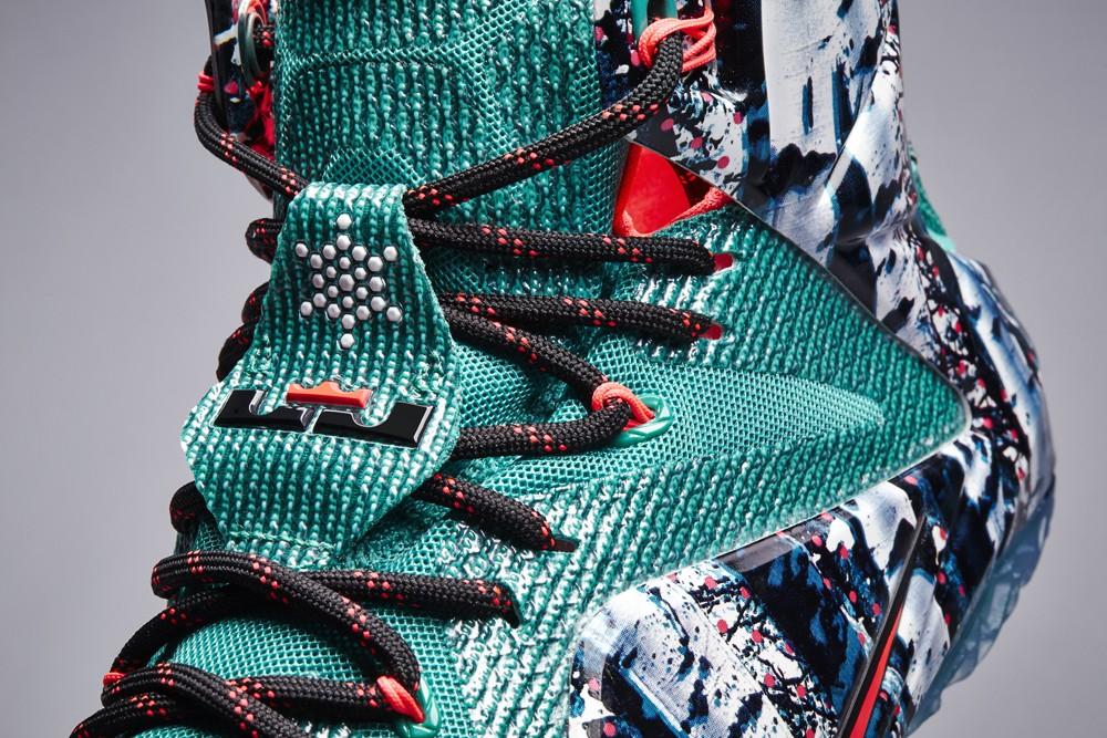 nike-basketball-2014-christmas-sneakers-04