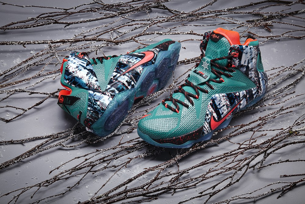 nike-basketball-2014-christmas-sneakers-03