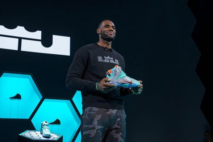 man-charged-for-stealing-7500-pairs-of-nike-lebron-12s-worth-1-5-million-pre-release-1