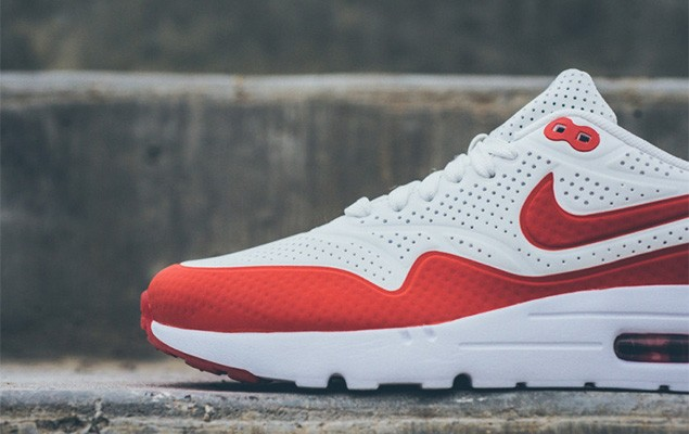 nike-air-max-1-ultra-moire-white-challenge-red-2