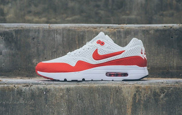 nike-air-max-1-ultra-moire-white-challenge-red-1