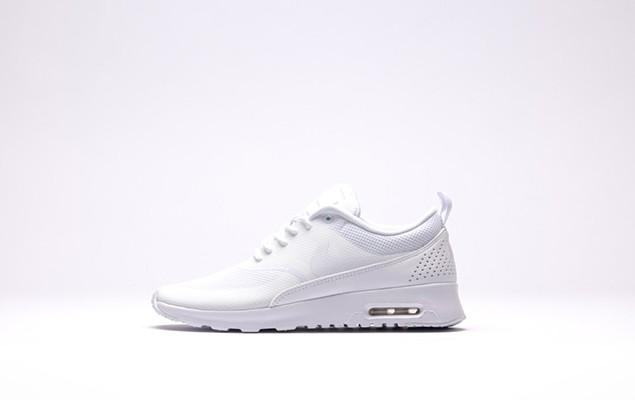 afew-store-sneaker-nike-wmns-air-max-thea-white-white-12