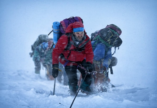 everest-jason-clarke-660x454