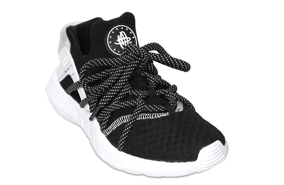 nike-huarache-free-run-black-white-2