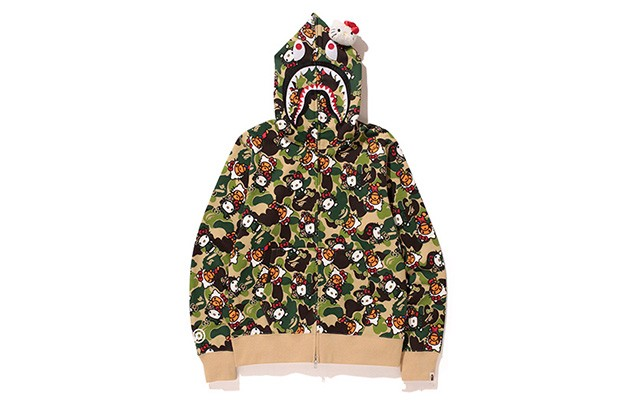 hello-kitty-x-a-bathing-ape-2014-capsule-collection-2