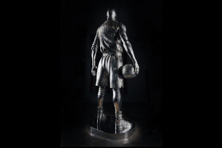 limited-edt-x-jahan-loh-full-metal-twenty-three-life-size-sculpture-3
