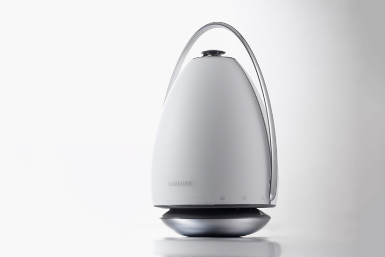 samsung-unveils-freestanding-360o-speakers-1